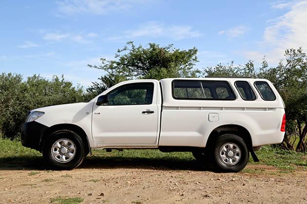 Toyota Hilux 4x4 Single Cab Standard (2 Pax)